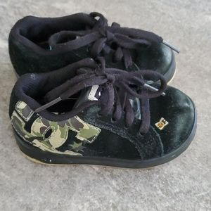 DC toddler shoes 5T